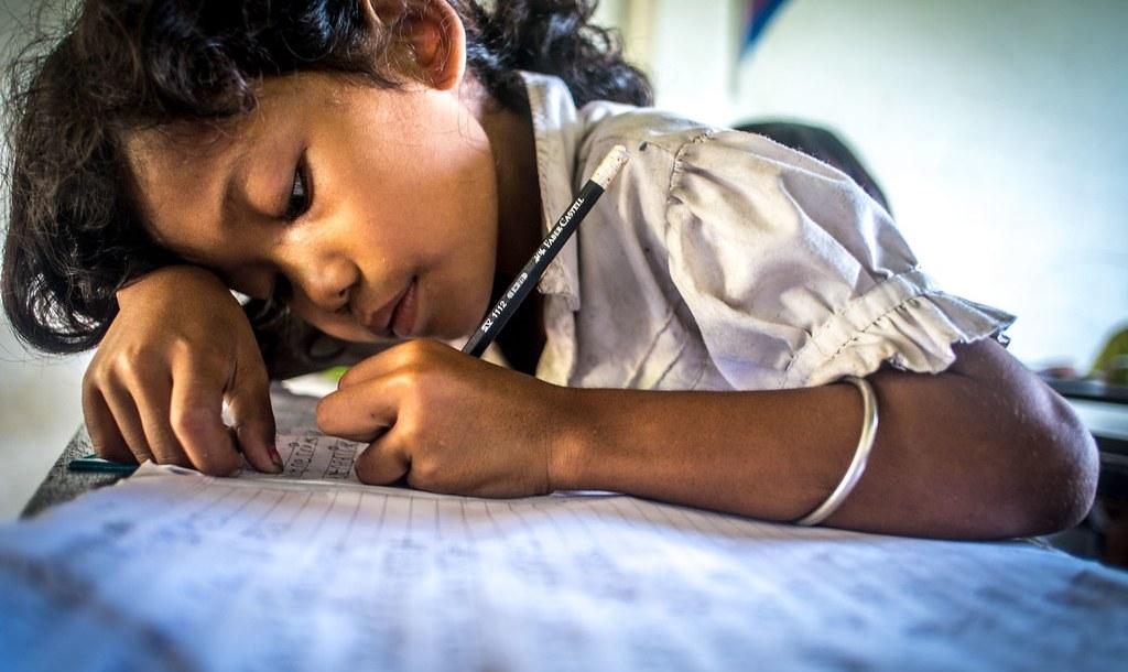 Schoolgirl_Cambodian by sachasplasher is licensed under CC BY-NC-ND 2.0